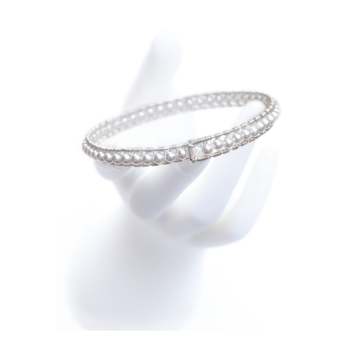MANIA Jewels Girdle Bangle Swarovski White Pearl and Sterling Silver