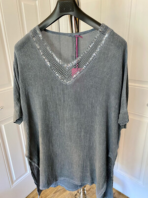LINEN COTTON MIX V NECK SPARKLE TOP GREY
