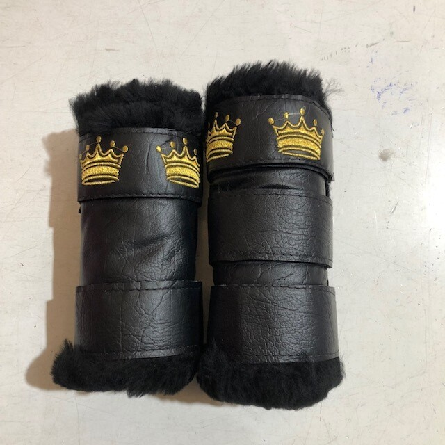 Sheepskin/Vinyl  Embroidered Show Boots (Cob)
