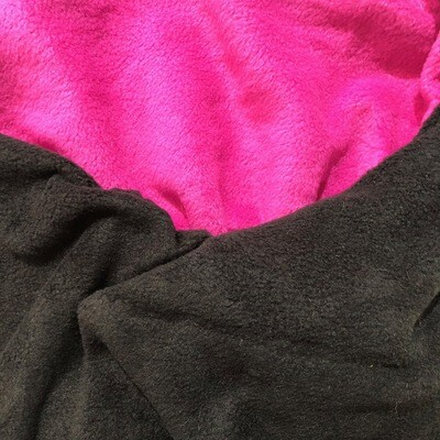 Polar Fleece Saddle Cover - Black/Pink