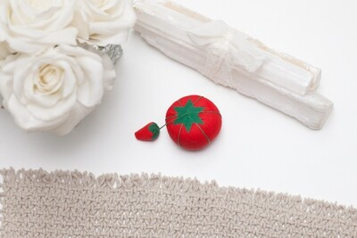 TOMATO PIN CUSHION (SMALL) | Dritz