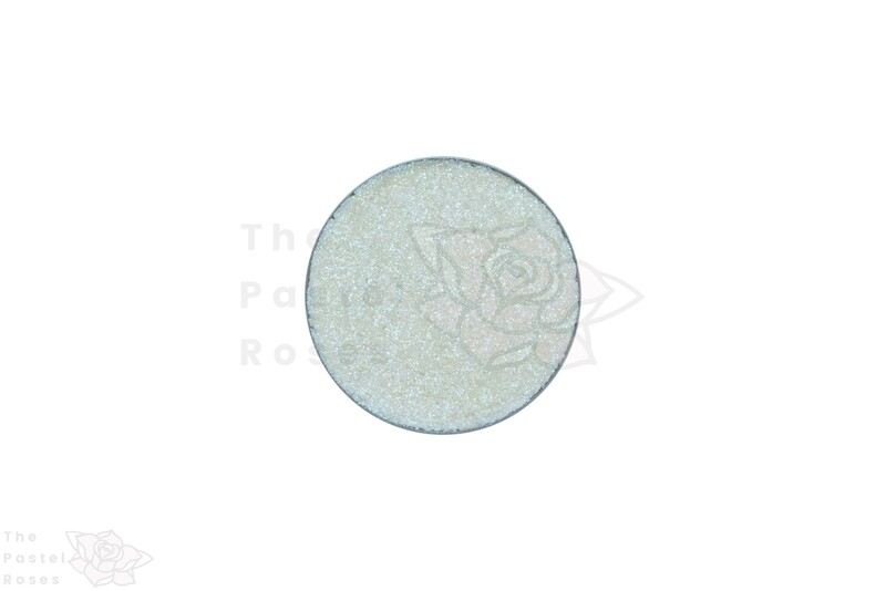 Holographic Pressed Shadow - Fairy Dust