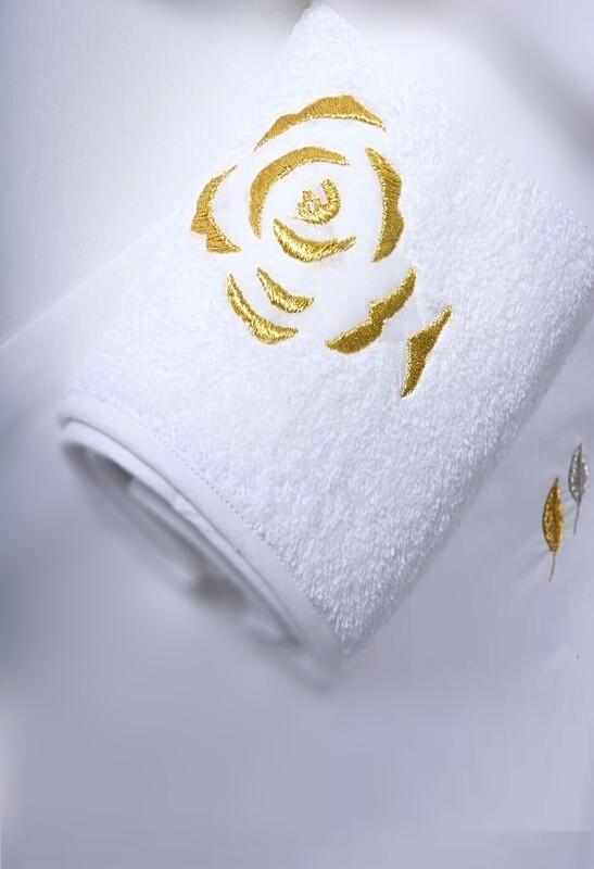 RN Renaissance Paris Bath Towel, Roses Modernes Gold