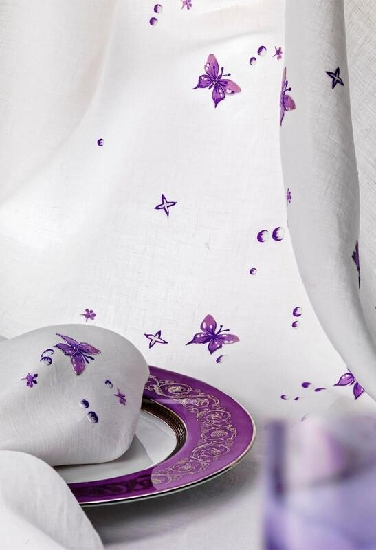 RN Renaissance Paris 100%  Linen Tablecloth, Magique, Nature Inspiration