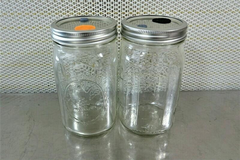 Empty 32 Oz. Mason Jars With Metal Lids