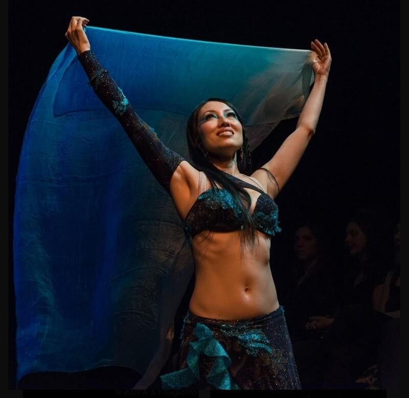 "Kaeshi Chai Veil Choreography to ""Lamma Bada"""