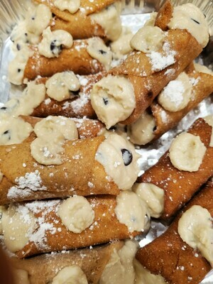 Cannolis (One Dozen)