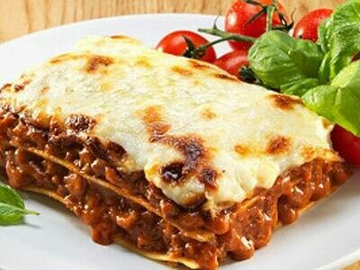 Large - Homemade Beef Lasagne Ready Meal