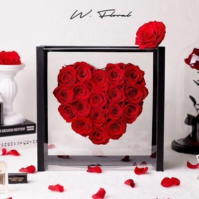 Crystal Heart Preserved Roses Red