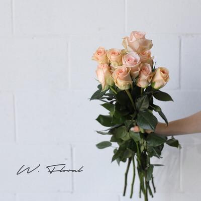 Bunch of Peach Roses - Tiffany