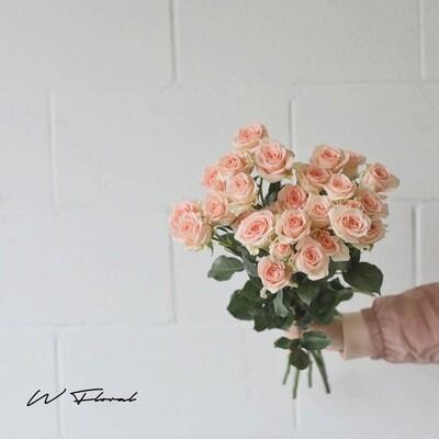 Bunch of Spray Roses - Sweet Saka (Bubble)
