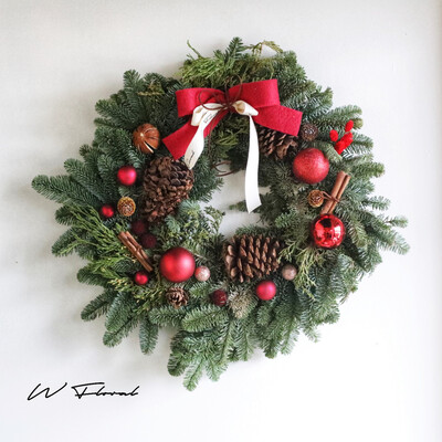The Nordic Gold Haze Wreath - Warm Red