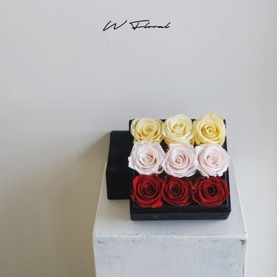 Felt Preserved Roses Ombre Red
