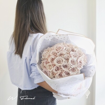 24 - 36  Champagne Rose Bouquet