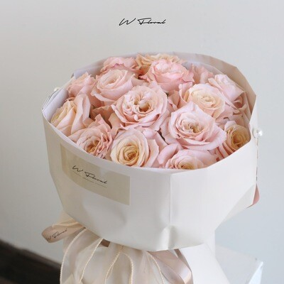Salmon Rose Russian Round Bouquet