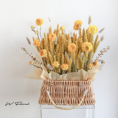 Everlasting Golden Barley Front Desk Basket