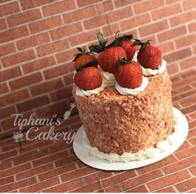 """Strawberry """"Cheesecake"""" Cake"""