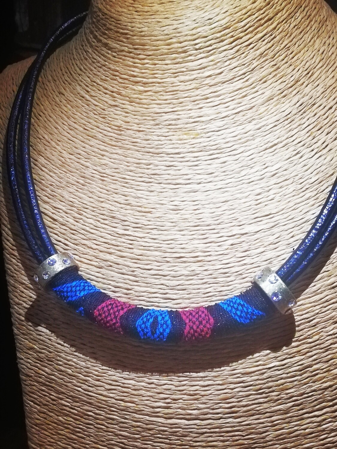 Bold and elegant leather necklace