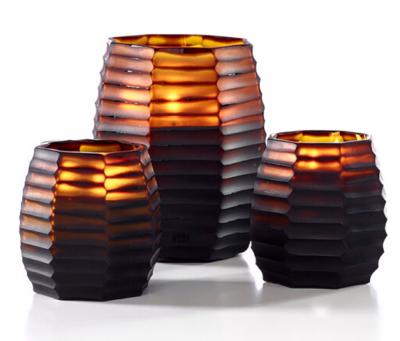 ONNO Duftkerze Cubo S Duft Serengeti / Farbe amber