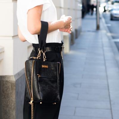 Zip the Lip Mini - Backpack - Crossbody - Over the shoulder - Granite Pinatex