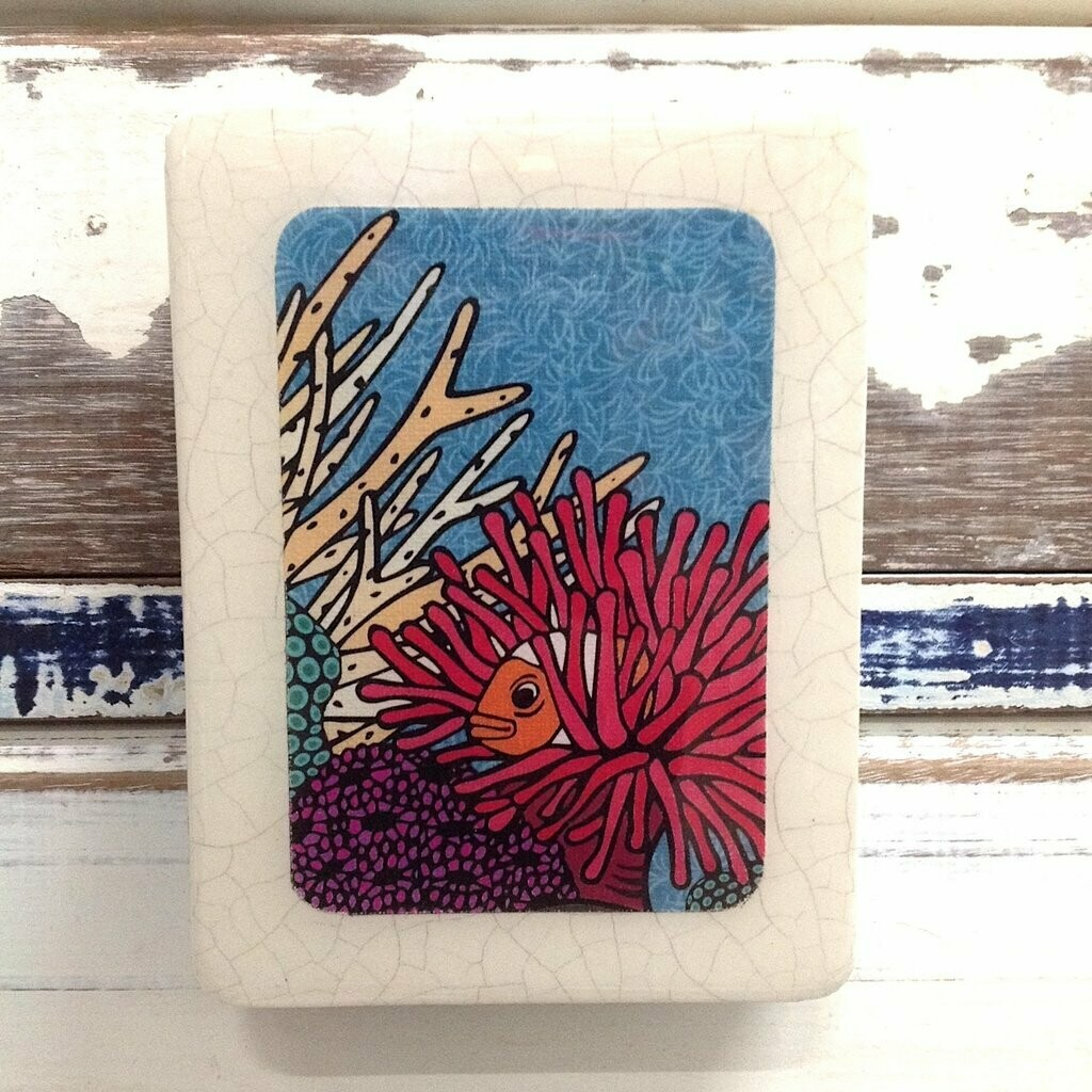 Mini Woodblock - Clown Fish Retreat