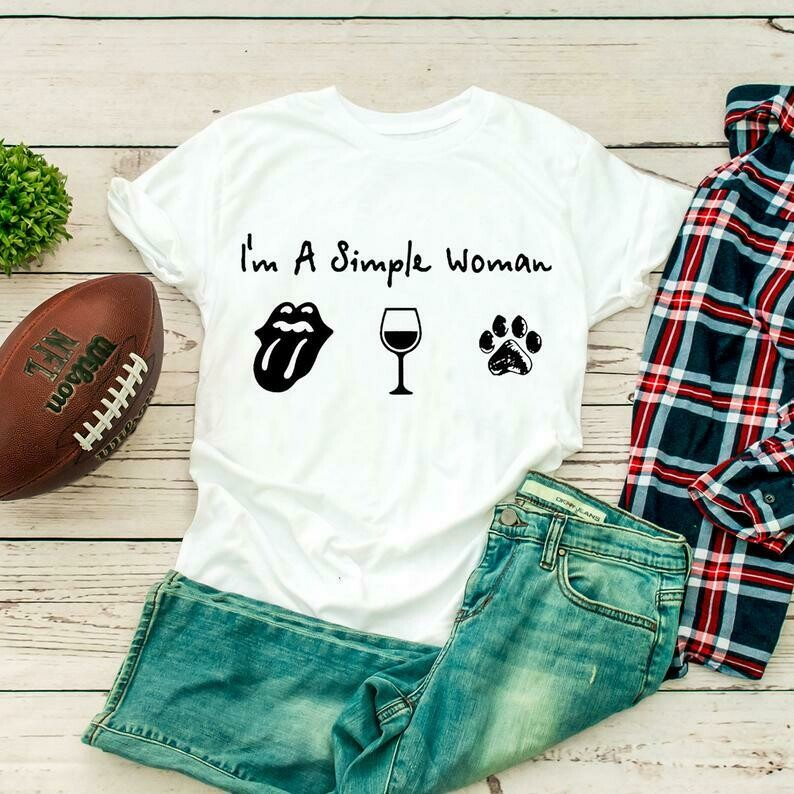 I'm a simple woman - Rolling Stones Wine Dog Paw Gifts Gift For Girl Girlfriend Women Mom Daughter Team Party Music Rock Band Lover T Shirt