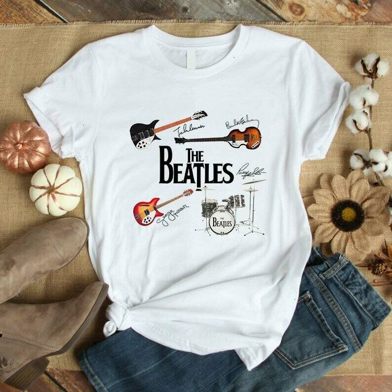 The Beatles 60 Anniversary Sgt Pepper's Lonely Hearts Club Band John Paul George Ringo 1970s Team Party Music Rock Band Lover T Shirt, yellow submarine, beatles 1970s, john lennon, beatles tee