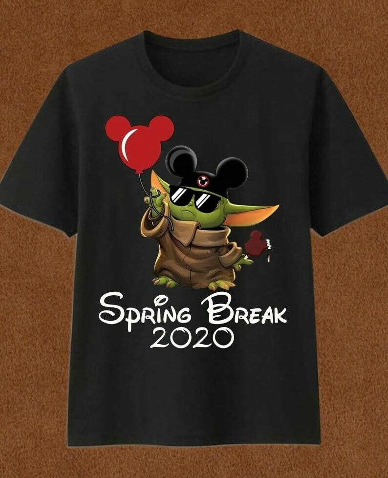 Spring break 2020 Baby Yoda Disney Mickey Ears Balloon The Mandalorian Star Wars Walt Disney Family Vacation Go to Disney World T Shirt