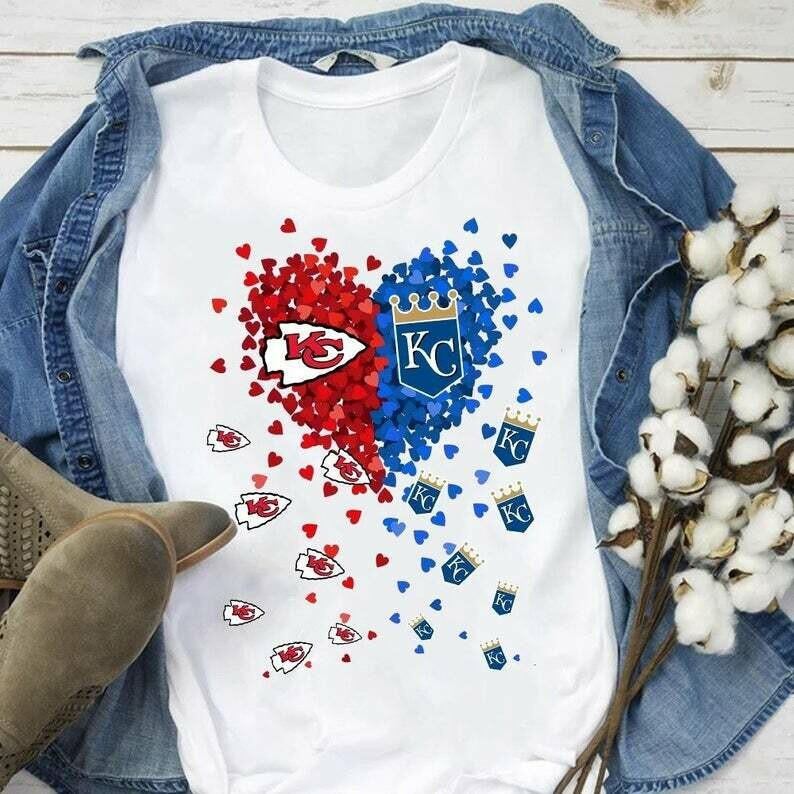 Love Kansas City Chiefs and Kansas City Royals Baseball Football Team The Great State of Kansas gift for Girl Woman Mom Dad Fans T-Shirt