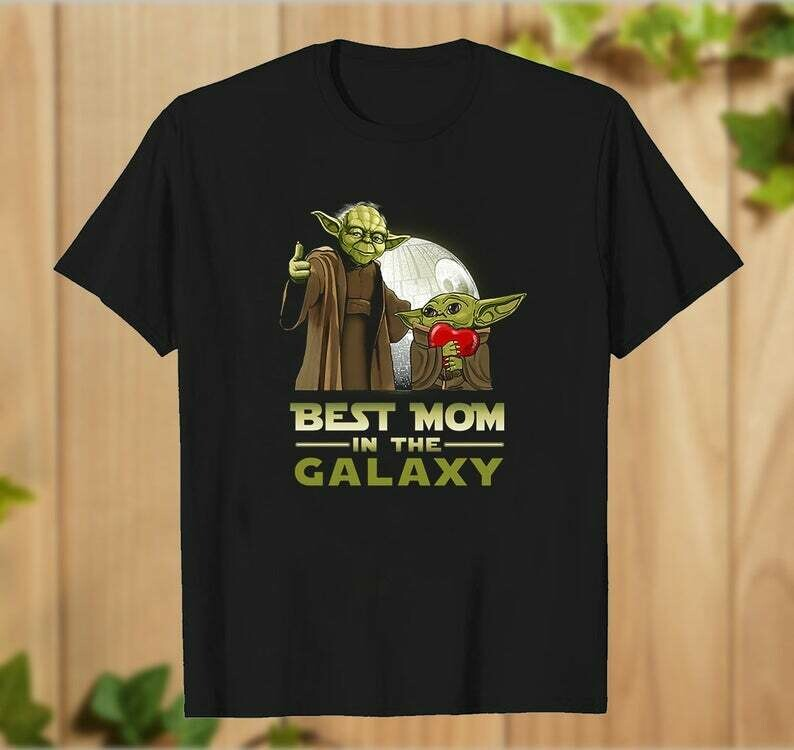 Best mother In the Galaxy of Adventures Baby Yoda Hug Heart The Mandalorian with death Star Wars T-Shirt - hung07032020