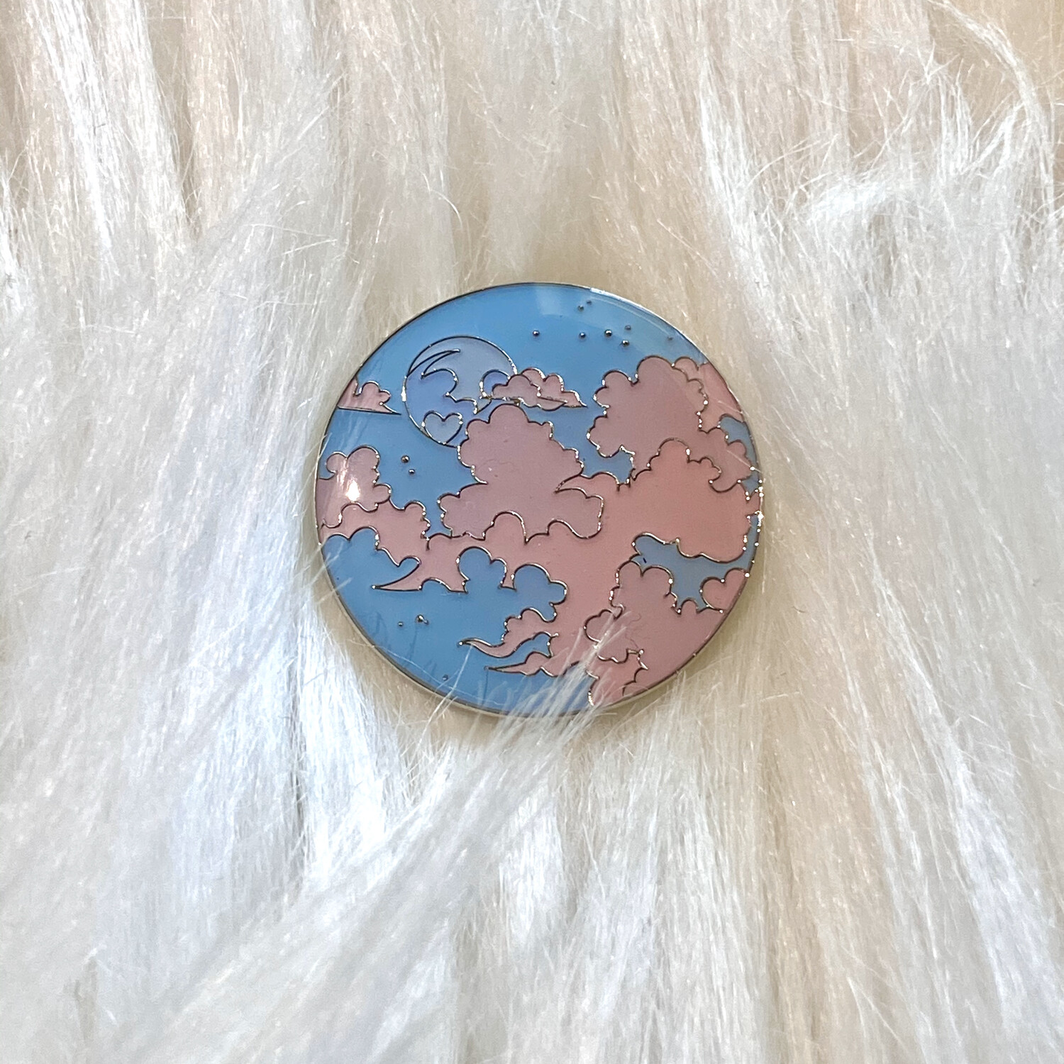 HEART MOON ENAMEL PIN