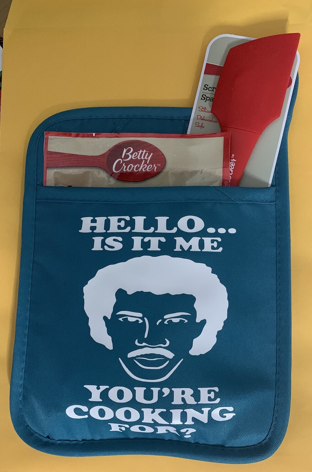 Is it me you're cooking for pocket pot holder
