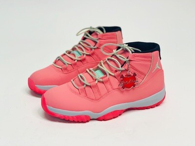 Strawberry Shortcake Jordan 11