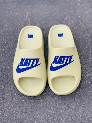 Blueberry/ Cream Katty Slides