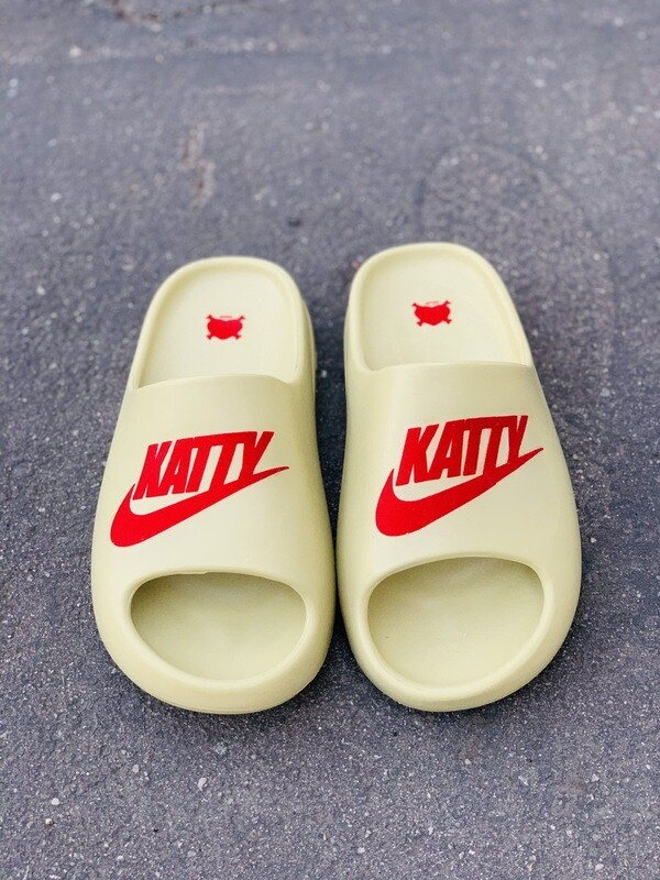 Cherry Red/ Cream Katty Slides