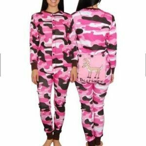 Pink Camo FlapJack Onesie.  Size 3, 8, 10