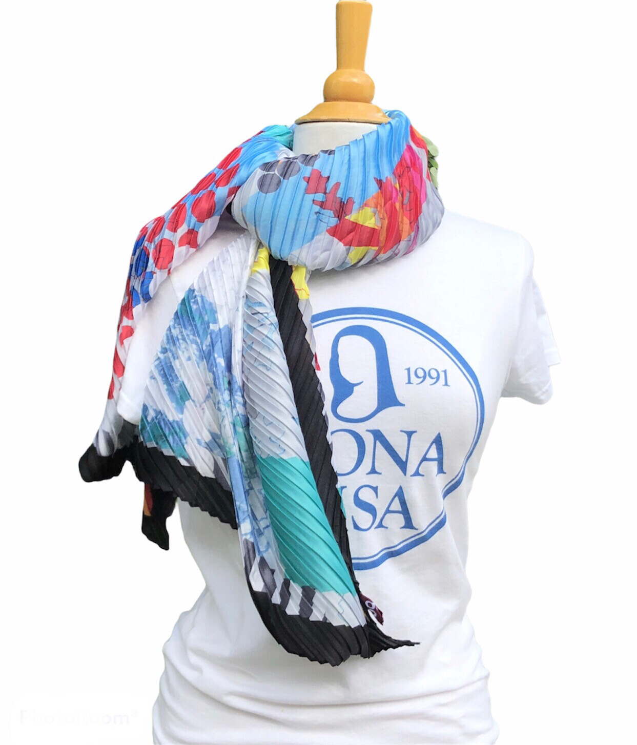 Abstract Print Pleated Blue Scarf