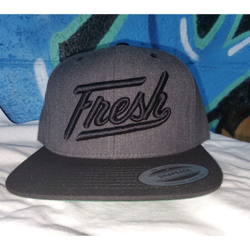 GREY/BLK SNAP W/ BLACK FRESH