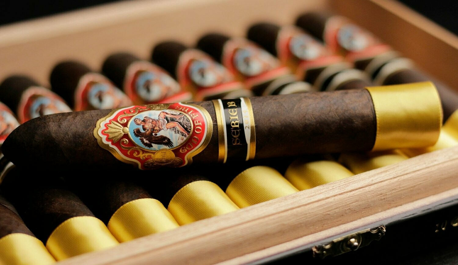 GOD OF FIRE SERIE B 2015 - MADURO (GRAN TORO 6x56) BOX OF 10