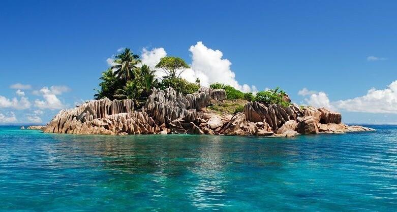 PRASLIN: Curieuse (Schildkröten-Insel mit BBQ) & St. Pierre 7 Std. ,Surfari - David Pool-Güntensperger, PREIS: 85€, Anzahlung: