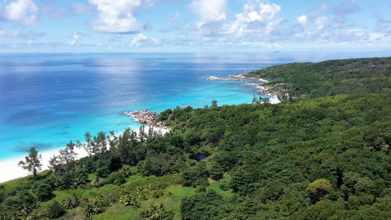 LA DIGUE: Muskat Trail - Anse Cocos, Henry Sela Bibi, PREIS: 80€, Anzahlung: