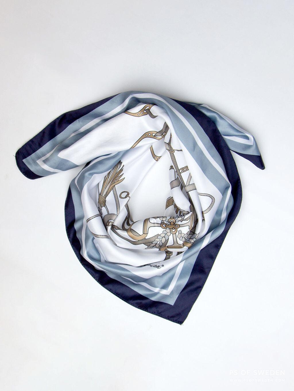 Adine sjaal, Aqua