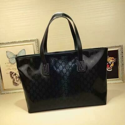 Gucci *Authentic Quality* Soft Shopper Tote