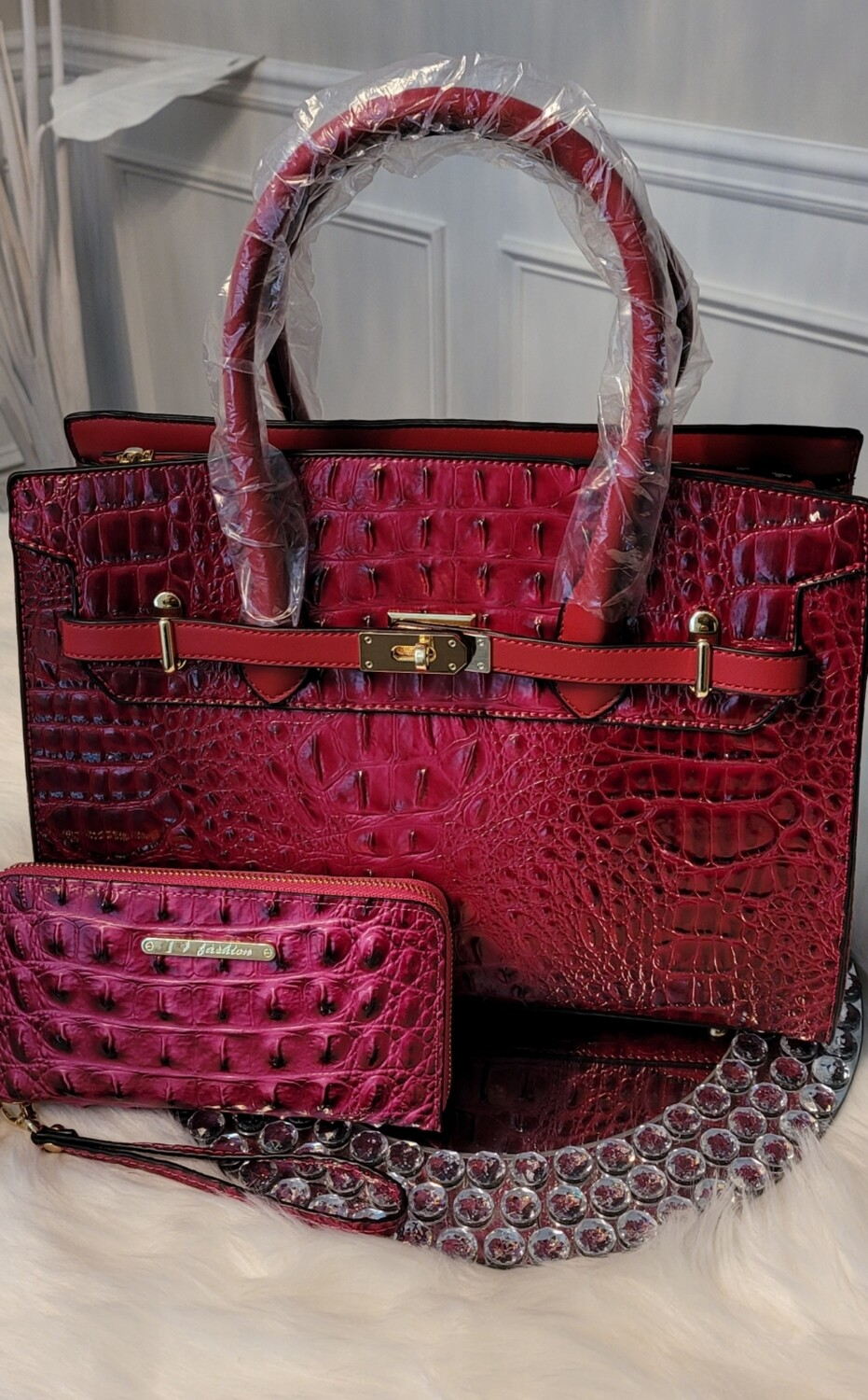 Fuschia Crocodile Embossed 2 pc
