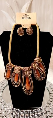 Cognac Wired Necklace Set