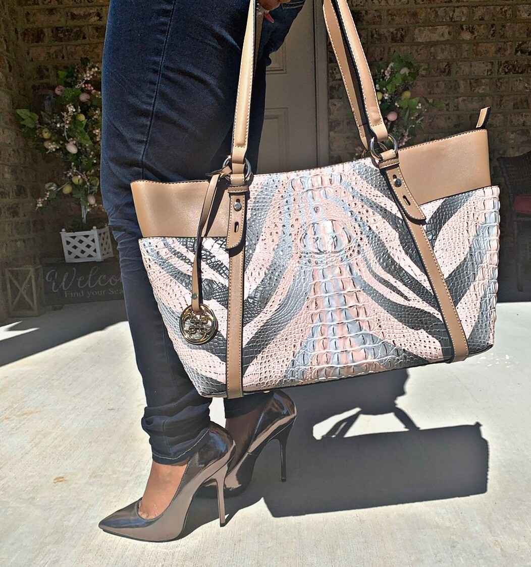Tan Large Tote/Wallet Set