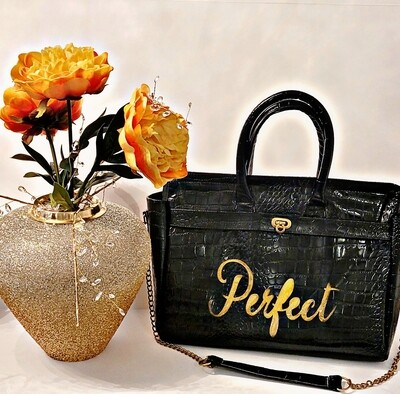 PreOrder the Perfect Purse