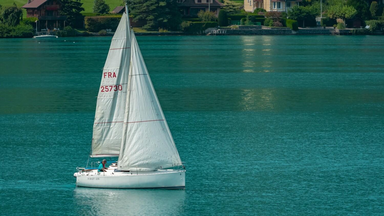 Haute-Savoie, Lac d'Annecy, Voilier