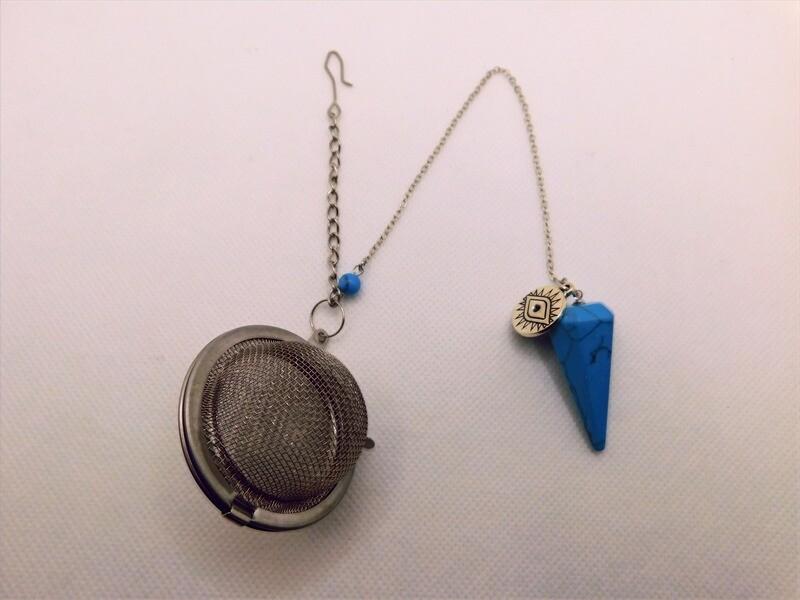 Turquoise Howlite Pendulum Tea Steep