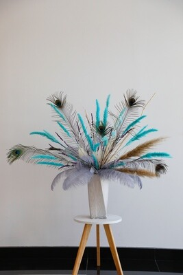 Dry Flower Pampas Grass With Peacock  Feather and Marble Ceramic Vase